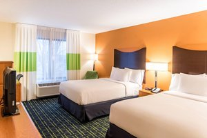 Room - Fairfield Inn & Suites by Marriott Norton Shores