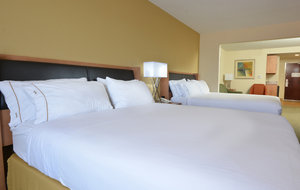 Suite - Holiday Inn Express Archdale