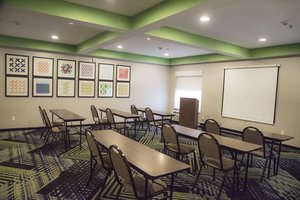Meeting Facilities - Holiday Inn Express Hotel & Suites Alexandria