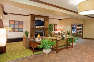 Lobby - Holiday Inn Express Hotel & Suites Logan