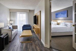 Suite - Delta Hotel by Marriott Airport Norfolk