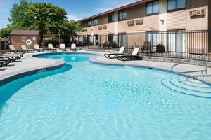 Pool - Ruby River Hotel Spokane