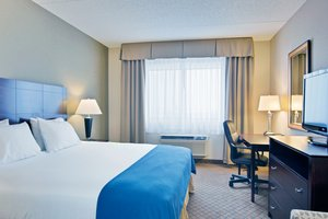 Room - Holiday Inn Express Sault Ste Marie