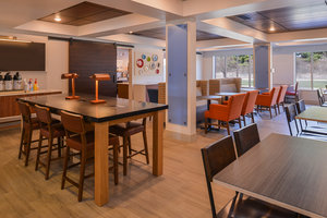 Restaurant - Holiday Inn Express Hotel & Suites Urbana