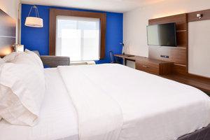 Room - Holiday Inn Express Hotel & Suites Urbana