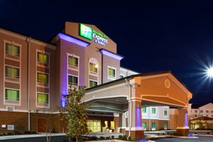 Exterior view - Holiday Inn Express Hotel & Suites Southeast Valdosta