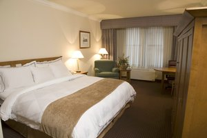 Room - Hotel Cleveland Gateway