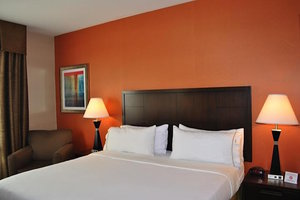 Room - Holiday Inn Express Munhall