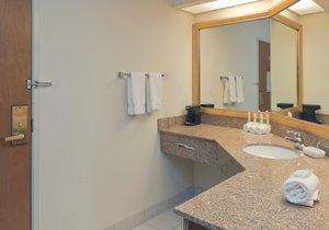 - Holiday Inn Express West Evansville