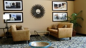 Lobby - Holiday Inn Express Hotel & Suites Delafield