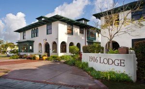 Exterior view - 1906 Lodge Coronado