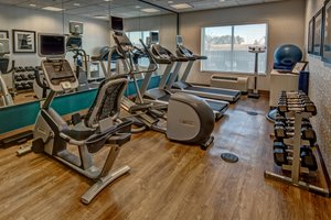 Fitness/ Exercise Room - Holiday Inn Express Hotel & Suites Northeast Jackson