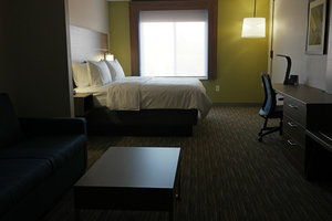 Room - Holiday Inn Express Swansea
