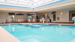Pool - Holiday Inn Express Hotel & Suites Saginaw