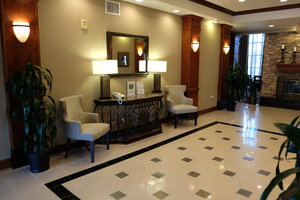 Lobby - Staybridge Suites Lake Forest