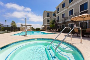 Pool - Staybridge Suites Lake Forest