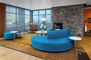 Lobby - Fairfield Inn & Suites by Marriott Fresno