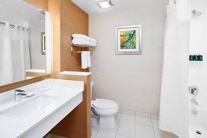 Room - Fairfield Inn & Suites by Marriott Fresno
