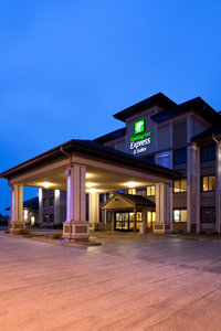 Exterior view - Holiday Inn Express Hotel & Suites Worthington