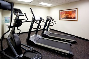Fitness/ Exercise Room - Holiday Inn Express Hotel & Suites Worthington