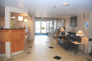 Lobby - Holiday Inn Express La Junta