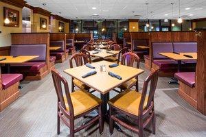 Restaurant - Holiday Inn Fairmont