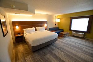Suite - Holiday Inn Express Bridgeville