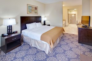 Suite - Holiday Inn Express Hotel & Suites Grand Island