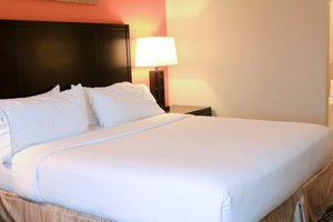 Room - Holiday Inn Express Hotel & Suites Grand Island