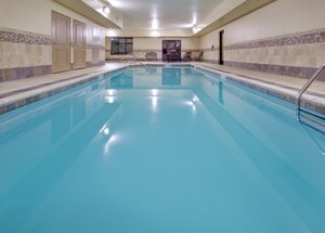 Pool - Holiday Inn Express Hotel & Suites Grand Island