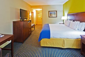 Room - Holiday Inn Express Hotel & Suites Ooltewah