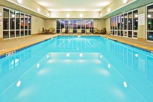 Pool - Holiday Inn Express Hotel & Suites Ooltewah