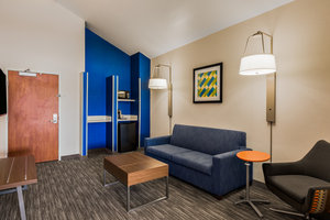 Room - Holiday Inn Express Southwest Oroville