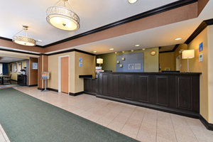 Lobby - Holiday Inn Express Hotel & Suites Charlotte