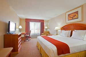 Room - Holiday Inn Express Hotel & Suites Logansport