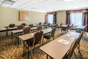 Meeting Facilities - Holiday Inn Express Hotel & Suites North East