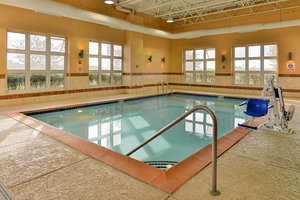 Pool - Holiday Inn Express Wixom