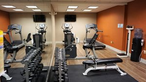 Fitness/ Exercise Room - Holiday Inn Express Hotel & Suites New Milford