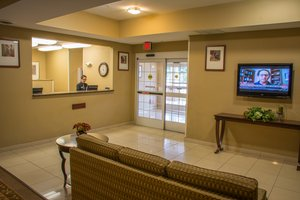 Lobby - Candlewood Suites Airport South Bend
