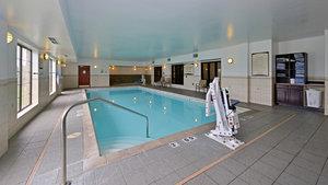 Pool - Staybridge Suites West Des Moines
