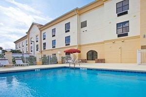 Pool - Holiday Inn Express Stuart