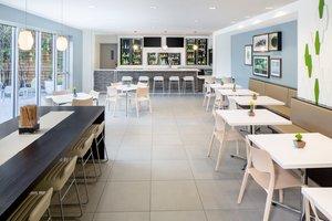 Restaurant - Element Miami Airport Hotel