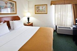 Room - Holiday Inn Express West Vero Beach