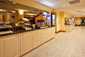Restaurant - Holiday Inn Express West Vero Beach