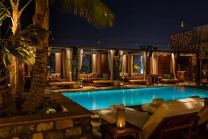 Pool - Dream Hollywood Hotel