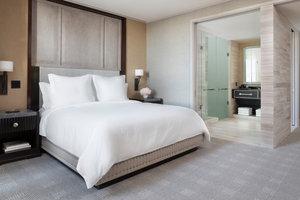 Room - Four Seasons Hotel One Dalton Street Boston