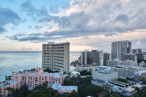 Exterior view - Waikiki Beachcomber Resort by Outrigger