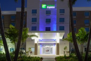 Exterior view - Holiday Inn Express Hotel & Suites Airport Fort Lauderdale