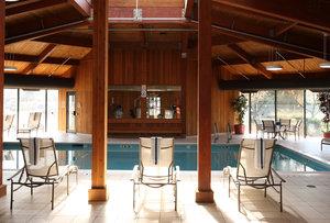 Pool - Holiday Inn South Burlington