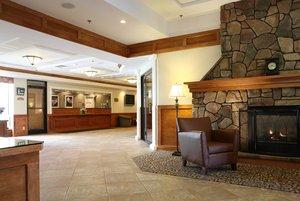 Lobby - Holiday Inn South Burlington